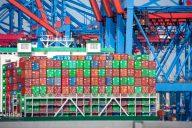Preiserhöhungen im Containerverkehr (c) Thorben Wengert_pixelio.de