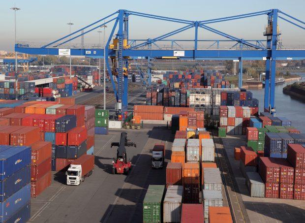 LNG statt Diesel im Duisburger Hafen (c) Duisport _Rolf Köppen