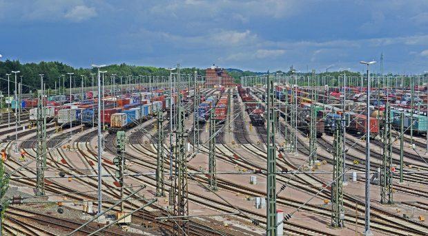 Bund stärkt Schiene mit 350 Millionen Euro (c) Symbolbild_pixabay.com