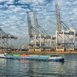 Schwierigkeiten bei der Containerabfertigung in Rotterdam und Antwerpen_Symbolbild (c) pixabay