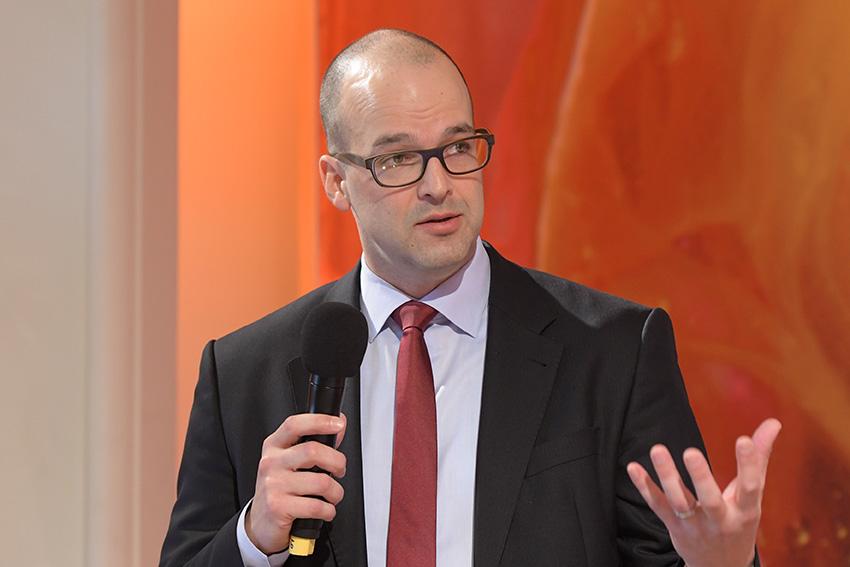"""FRUIT LOGISTICA 2018: Rainer Münch von der Strategieberatung Oliver Wyman stellte den Trendbericht """"Disruption in der Distribution"""" vor"""