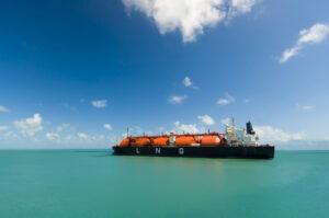 Brunsbüttel oder Wilhelmshaven – wer macht das Rennen um das erste LNG-Importterminal in Deutschland? Laut LNG-Barometer 2018/2019 der DVV Media Group liefern sich die beiden Standorte ein Kopf-an-Kopf-Rennen
