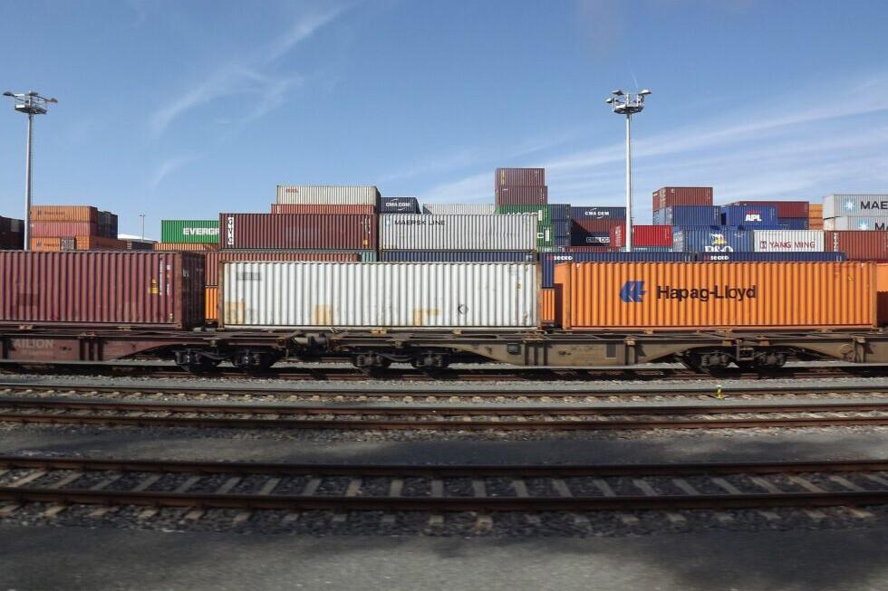 DB Cargo und Kombiverkehr: Mehr Güterverkehre von der Straße auf die Schiene