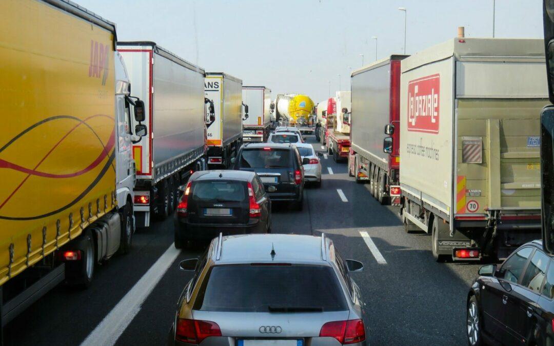Spediteure beklagen Verkehrssituation rund um den Hamburger Hafen